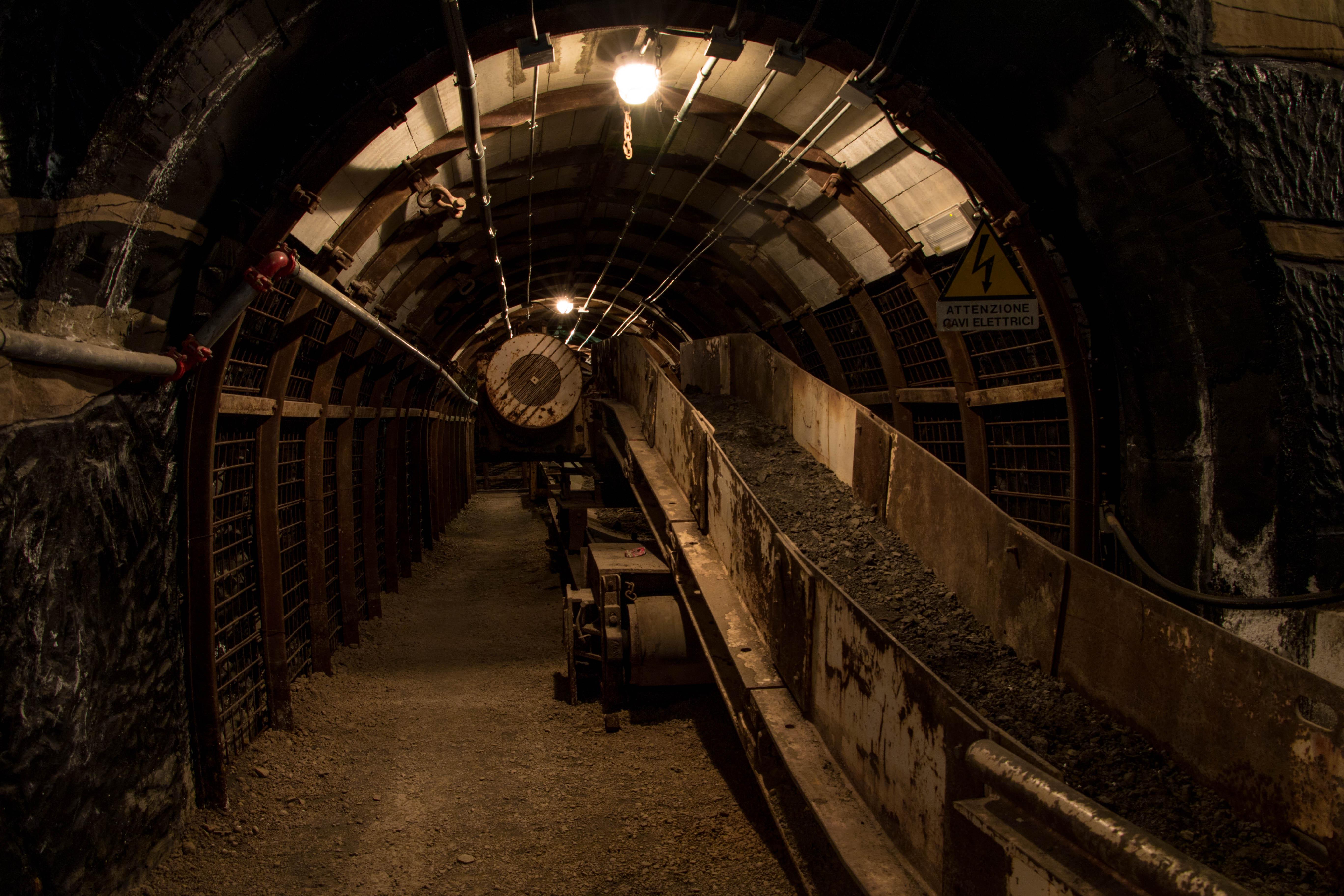 Jeep tour abandoned mines & coal mine of Serbariu